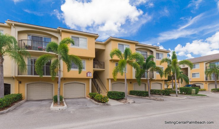 1000 Crestwood Court #1015, Royal Palm Beach, Florida 33411 MLS# RX-10357725